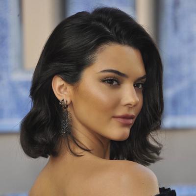 Bikin Melongo! Intip Megahnya Rumah Seharga 6 Juta Dollar Milik Kendall Jenner Berikut!