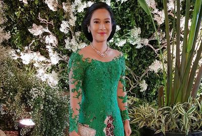 Anggun dan Cantik, 6 Warna Kebaya Ini Paling Cocok untuk Si Kulit Sawo Matang!