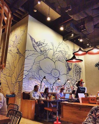 Mau Instagram Feed Kamu Bagus? Coba Deh Datang ke Kafe Instagramable Ini!