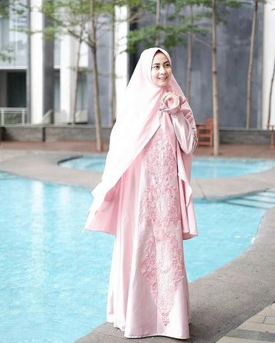 Hijab Syari Pesta Pernikahan