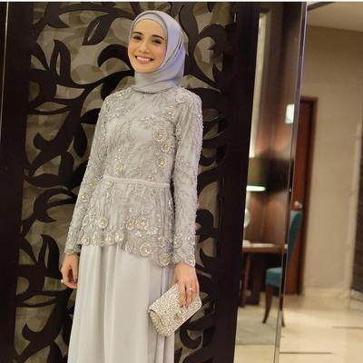 Ini Lho Pilihan Atasan Brokat Hijab Kekinian Yang Lagi Banyak