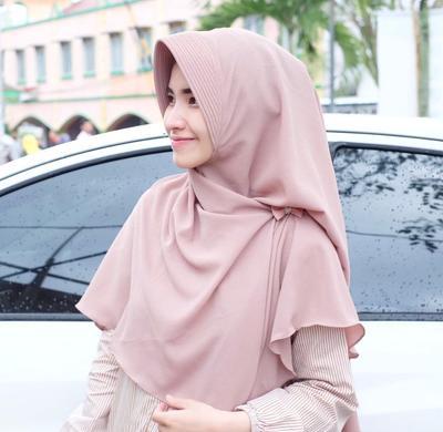 Ini 4 Rekomendasi Online Shop Hijab Syar'i Paling Jadi Andalan dan Banyak Dicari Hijabers