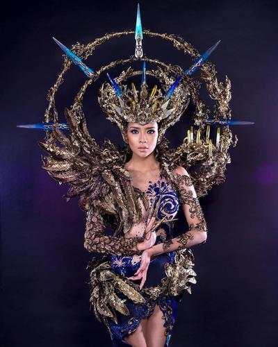 Memukau, Ini Fakta di Balik Kostum Indonesia di Miss Grand International 2017 yang Dipakai Dea Rizkita