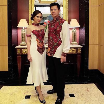 Beda dari yang Lain, Ini Inovasi Kain Batik Modern yang Terlihat Lebih Menarik!
