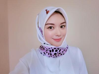 Beda dengan Wanita Tak Berhijab, Ini Cara Menentukan Bentuk Alis Paling Pas untuk Hijabers