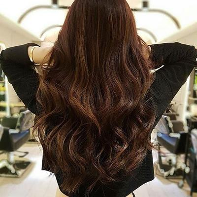 Tak Perlu ke Salon dan Menggunakan Catokan, Ini Dia Tips Mengeriting Rambut Paling Mudah!