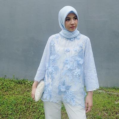Tak Melulu Pakai Dress dan Rok, Intip Inspirasi Style Kondangan Hijab dengan Celana Ini!