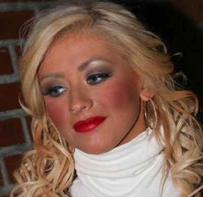 Ini 6 Insiden Make Up Gagal yang Justru Bikin Batal Cantik dan Malu-maluin