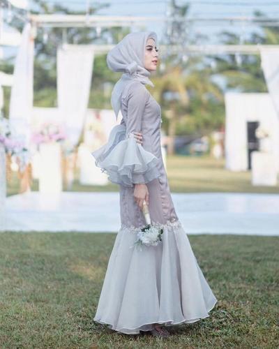 kalau gemuk cocok enggak sih pakai dress mermaid untuk hijabers?