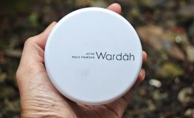 Wardah Acne Powder, Beneran Bagus Untuk Wajah Jerawatan?