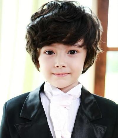 Setuju enggak kalau ini anak Korea paling lucu dan menggemaskan?