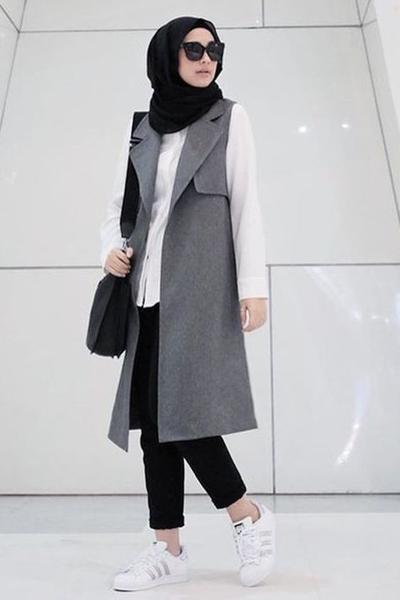 Ini Lho 6 Model Outer Hijab Kekinian Yang Lagi Banyak Dipakai Para