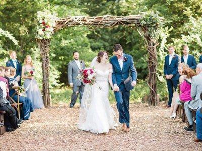 Ladies, Jangan Lewatkan Tips Berikut Ini Agar Pesta Pernikahan Outdoor Kamu Berjalan Lancar