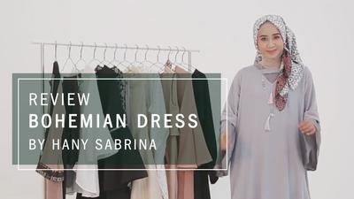 Tanpa Kesan Nyentrik, Ini Tips Gaya Hijab Bohemian Ala Hany Sabrina yang Tetap Feminin
