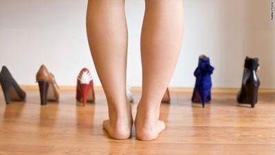 Ikuti Tips Ini untuk Lebih Percaya Diri Pakai Rok Mini Jika Kamu Memiliki Betis Besar