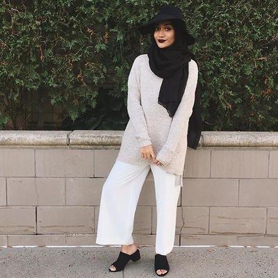 Hijab Warna Hitam dan Abu-abu