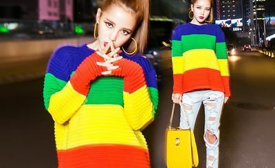 Ikuti Tips Ini Untuk Pakai Baju Warna Cerah Agar Tidak Terlihat Norak