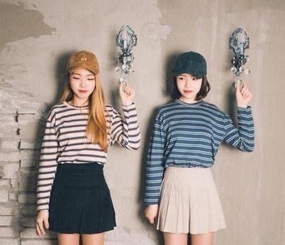 Begini Mix and Match Striped Shirt Ala Korea yang Tepat Biar Gaya Kamu Enggak Boring