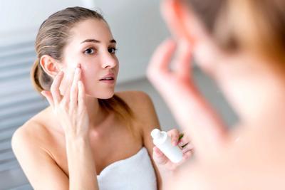 5 Merek Primer yang Bagus untuk Oily Skin, Dijamin Bikin Wajah Makin Mulus dan Flawless!