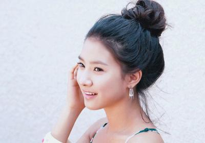 Cepol Rambut ala Cewek Korea Ternyata Mudah Banget! Ikuti Tutorialnya Yuk, Ladies!