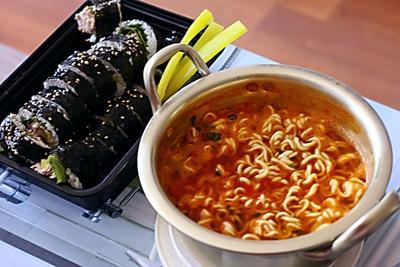 Apa Makanan Korea Favorit Kalian Ladies? Share Yuk!