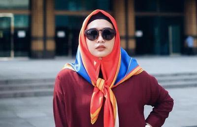 Kamu Wajib Punya! Ini Dia Bahan Hijab yang Sedang Ngetren Saat Ini!