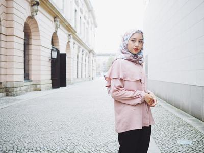 Eits, Jangan Salah! Ini Dia Tips Memilih Atasan Hijab Untuk Hijabers Bertubuh Pendek