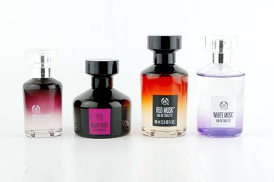 Mau nanya dong, Parfum The Body Shop apa ya yang paling enak wanginya?