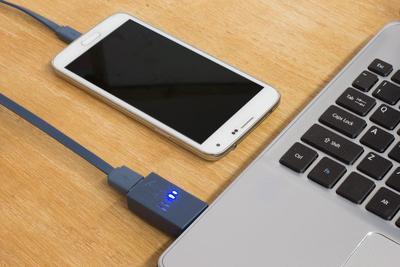 Aman Gak Sih Charging Smartphone dari Laptop or PC?