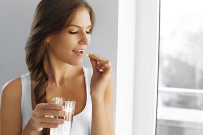 5 Obat Minum Ini Terbilang Ampuh untuk Menghilangkan Jerawat, Benarkah?
