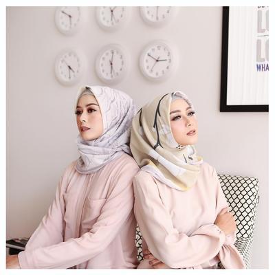 Temukan Koleksi Hijab Voal yang Best Seller dan Anti Pasaran di 6 Online Shop Instagram Ini!
