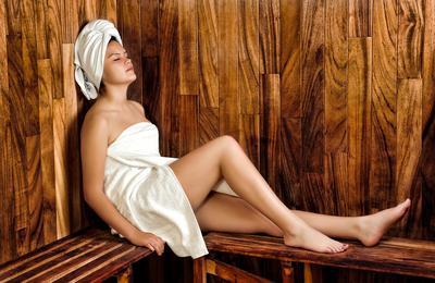 Ladies, Rajin Sauna Ternyata Bisa Bikin Kulit Cantik Lho! Penasaran?