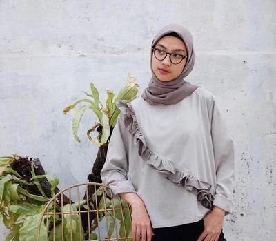 9 Bahan Hijab yang Banyak Menjadi Pilihan Favorit Para Hijabers Kekinian
