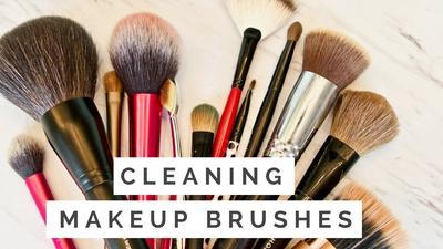 Gak Pakai Ribet! Ini Nih Tips Efektif Membersihkan Brush Makeup Tanpa Harus Dicuci!