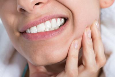Tumbuh Gigi Bungsu Harus Bagaimana Ya??? Berbahaya Ga?