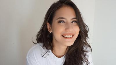Tak Perlu Sulam Alis! Para Selebriti Indonesia Berikut Tampil Cantik dan Pede dengan Alis Naturalnya!