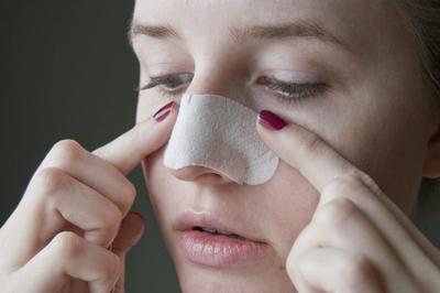 [FORUM] Sebenarnya bolehkah memencet komedo hidung dengan jari tangan?