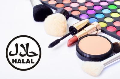 Hijabers, Ini Dia Tips Memilih Make Up Halal untuk Melengkapi Hijab Style-mu!