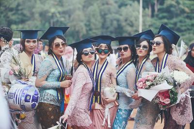 Dari Tahap Lamaran Hingga Nominal Gaji, Ini Ekspektasi VS Realita yang Pasti Dialami Fresh Graduate