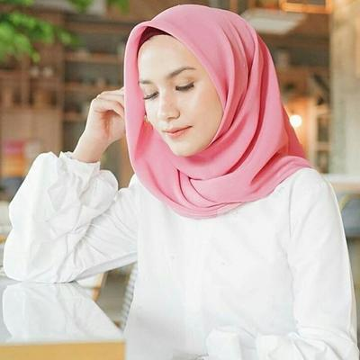 Basic Hijab: Hijab Segi Empat Atau Hijab Instan