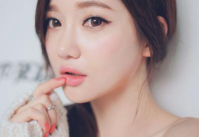 Ternyata, Inilah Rahasia Mengapa Wanita Korea Bisa Memiliki Wajah Licin Semulus Porselen