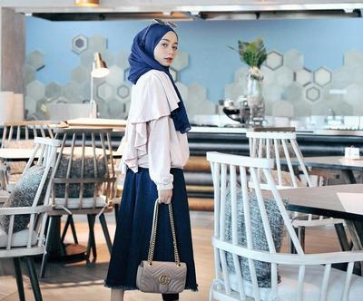 Punya Tubuh yang Kecil? Inilah Pilihan Hijab Outfit yang Harusnya Kamu Kenakan!