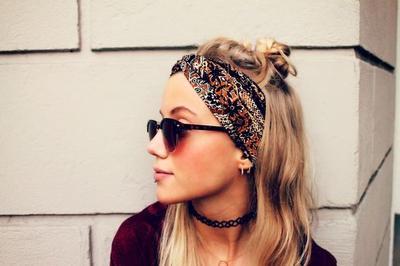 Beberapa Inspirasi Gaya Bandana untuk Menyelamatkanmu Saat Bad Hair Day