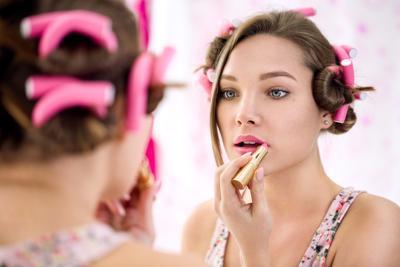 Dapatkan Make Up Natural yang Praktis dan Hasil Flawless Lewat Produk Ini!
