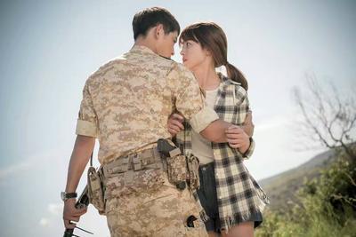 Pernikahan dengan Pria Angkatan Tidak Seindah yang Kamu Kira, Begini Faktanya!