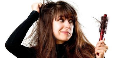 Ladies, Ini Dia Cara Mudah Tuntaskan Rambut Rontok dengan Cepat!