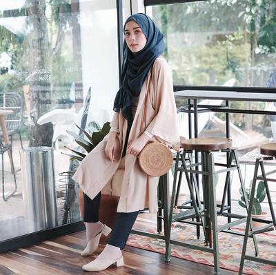 Hijabers Boleh Pakai Legging? Catat Dulu Tips dan Aturannya!