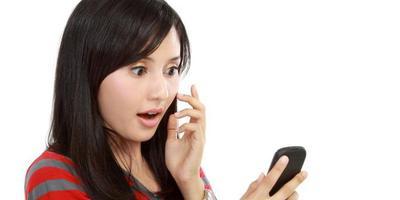 8. Meminta Nomor Ponsel atau Akun Sosmed