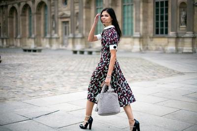 Tak Selamanya Harus Pakai Kebaya, Intip Inspirasi Outfit Kondangan Lainnya yuk!