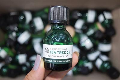 Untuk Redakan Jerawat, Tea Tree Oil The Body Shop Seriusan Bagus Ya?? Komen Yuk!